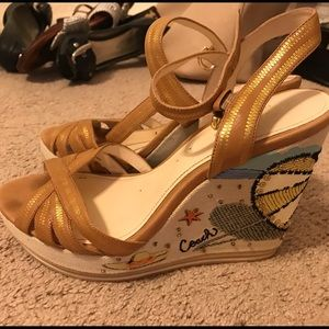 Coach Limited Edition beach wedges- size 10
